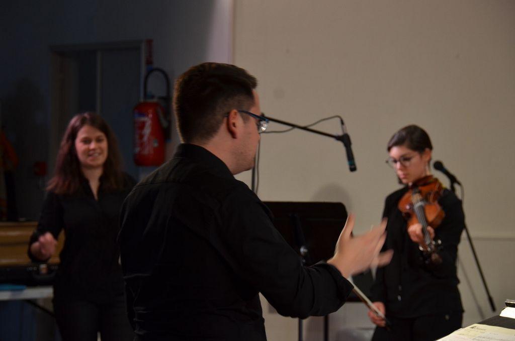 Musiciennes-et-Quentin-1