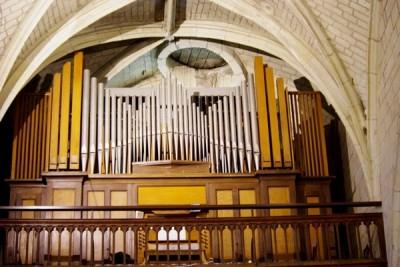 l'orgue de l'église de Doué-la-Fontaine